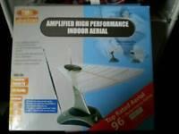 Amplified indoor ariel