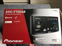 Pioneer AVIC-F70 DAB stereo