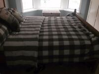 Spacious DBL Room to Rent 10 mins from Bay 15 mins from City Centre £425 incl Bills