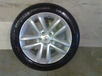 ALLOYS X 4 OF 17 INCH VAUXHALL/VECTRA/C/SRI/FULLY POWDERCOATED INA STUNNING SILVER/SPARKLE NICE JOB