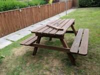 Garden picnic table