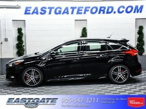 2017 Ford Focus ST Executive Unit