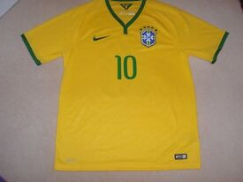 Brazil Home Football Shirt with 10 Neymar Jnr on the back