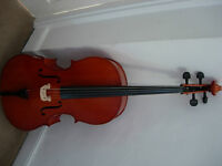 1/2 size cello with bow and case - very nice Hungarian instrument
