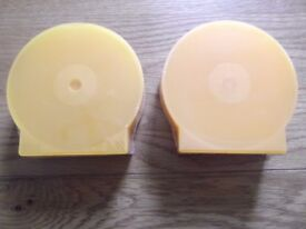 70 new orange/yellow clam shell high quality plastic single cases for CD/DVD/Blu-Ray/game discs