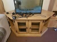 For sale south abingdon heavy solid tv unit £20