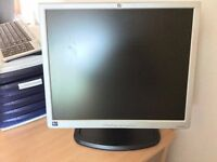 "HP 1940T 19"" LCD monitor in full working conditions"