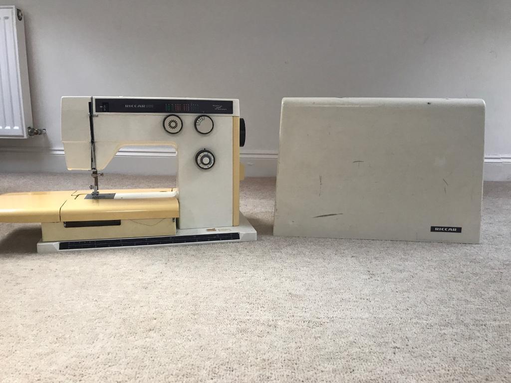 Riccar 9170 sewing machine £10