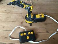 Robotic grab arm