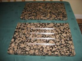 LARGE GRANITE PAN STAND AND CHOPPING BOARD