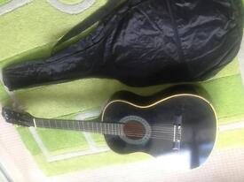 3/4 guitar and case