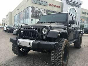 2014 Jeep WRANGLER UNLIMITED Sahara - 1 Owner - Lift an Wheel ki