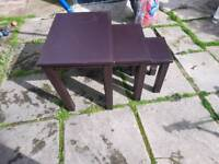 3 set table