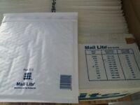 Mail Lite Padded Envelopes 1x box of 100 size 220x260mm E/2