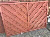 Cross latt fence panel (2 x - 1780mm x 1190) (1x - 1190mm x 1190mm)