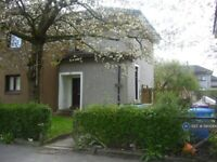 3 bedroom flat in Nitshill, Glasgow, G53 (3 bed) (#1180084)