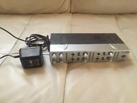 Behringer MiniAmp Amp800 Headphones Amplifier (4 separate outputs)