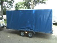 10 X 5 X 5 COVERED BOX TRAILER TWIN AXLE 750KG UNBRAKED...........