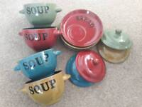Set of 4 soup bowls with lids and bread plates