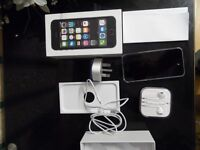 APPLE I PHONE 5S - 16GB SILVER (VODAFONE) -EXCELLENT CONDITION LOOK LIKE NEW IN BOX