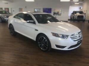 2017 Ford Taurus Limited 3.5L AWD Navigation, Leather