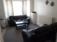 3 Bed House To Let - Monton / Winton