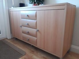 Beech sideboard with 2 cupboards and 4 drawers