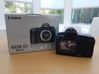 Canon 5D MKII , boxed + charger and battery