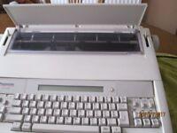 Panasonic Electronic Typewriter KX-E400