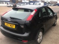6 speed Ford Focus desil sport model with sat nav DVD player an cd player built in
