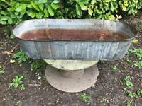 Vintage tin bath/planter