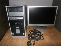 Compaq Desktop Computer with Monitor In Good condition