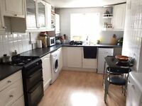 3 bedroom terraced house near stepney green looking for downsize to 2 bedroom
