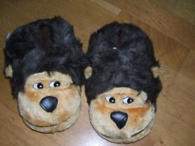 childrens monkey slippers, size 2/3 xl in brown and black