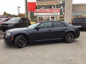 2016 Chrysler 300 S|LEATHER|PANORAMIC SUNROOF|NAVIGATION
