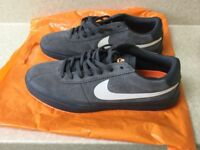 Nike trainers,bruin hyperfeel,Grey size 7.5,Brand New