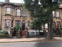 SB Lets are delighted to offer this lovely 5 bedroom 5 En Suite terraced house in Brighton