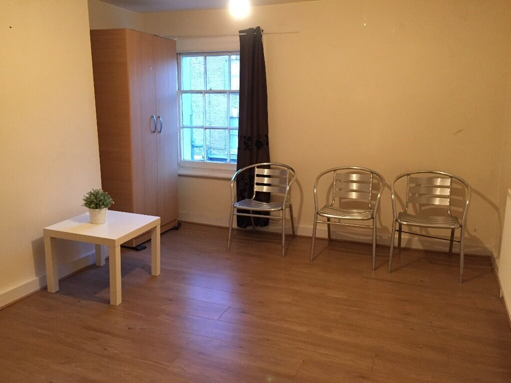 Available now Furnished 4 Bed House with Large reception in Manor Park E12 with garden & transport