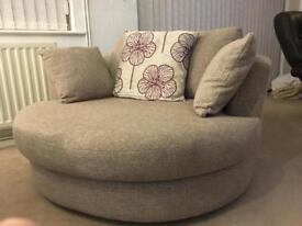 Cuddle chairs X3