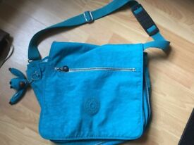KIPPLING MADHOUSE large bag. Only used once or twice. IMMACULATE. With matching monkey.