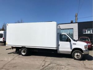 2016 Ford E-350 16ft cube with ramp