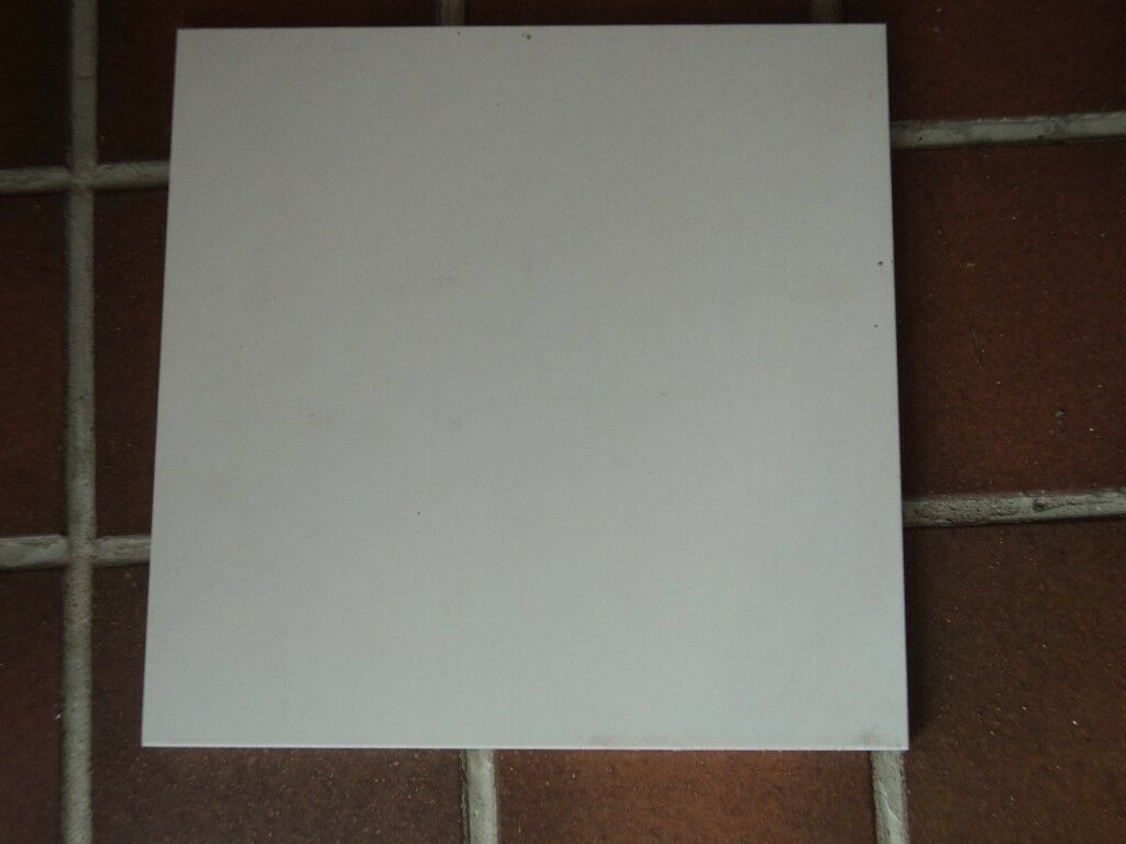 Italian Made Ceramic Floor Tiles 30 X Cm Off White Colour