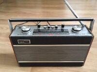 Vintage Roberts Radio