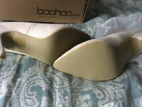 Brand new size 7 ladies shoes