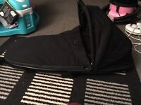 Quinny fold down carry cot
