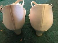 White girls sandals size 3