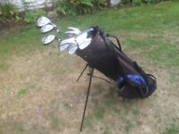 golf bag -golf clubs --with trolley.