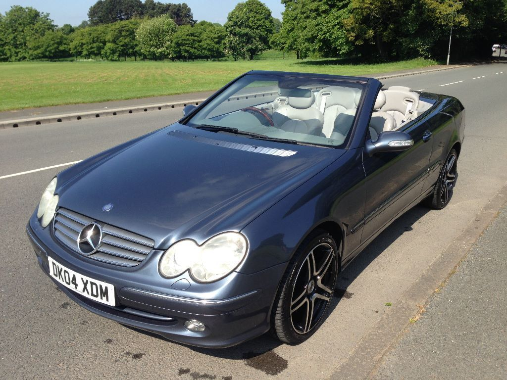 bargain 2004 mercedes clk 240 e auto cabriolet convertible full service history 2 owners. Black Bedroom Furniture Sets. Home Design Ideas