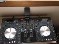Dj equipment pioneer XDJ-R1and ADM-5 active speakers