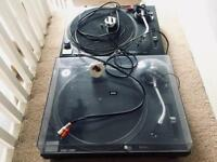Technics 1210 DJ decks record players for use with CDJ Pioneer DJM